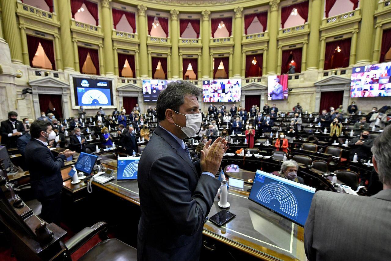 Casi por unanimidad, Diputados dio sanción al «alivio fiscal» a monotributistas