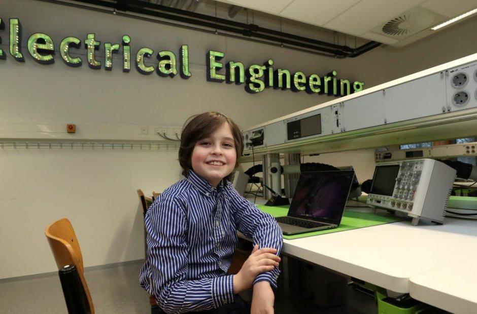 Asombroso: niño belga de 11 años termina la carrera de Física en nueve meses