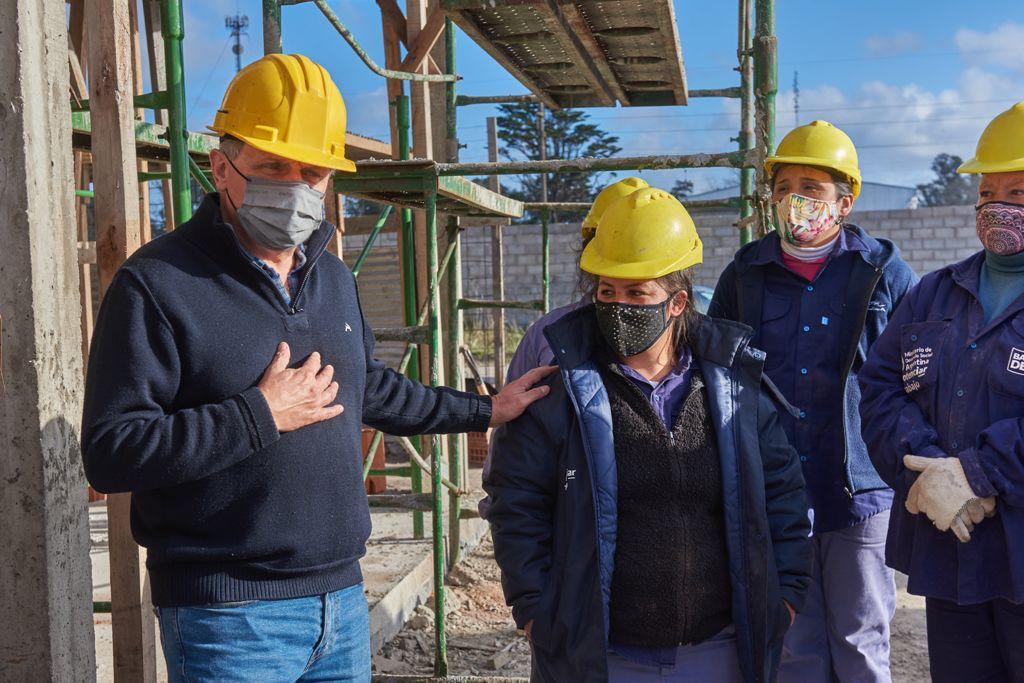 """Pulti: """"Mujeres en la construcción: siguen superando barreras"""""""