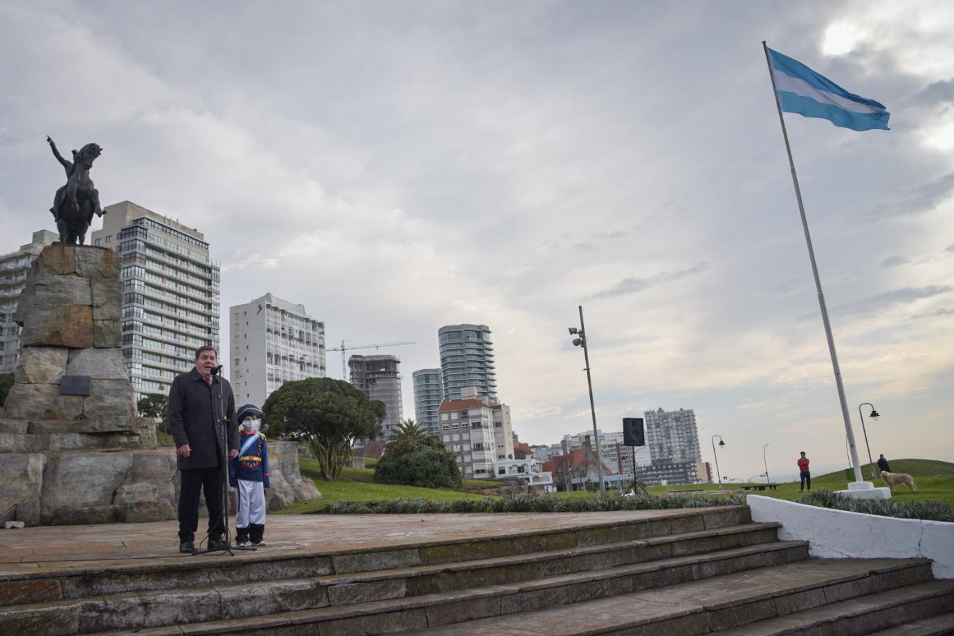 """Montenegro destacó a San Martín: un líder con valores que """"nos motiva a seguir empujando"""""""