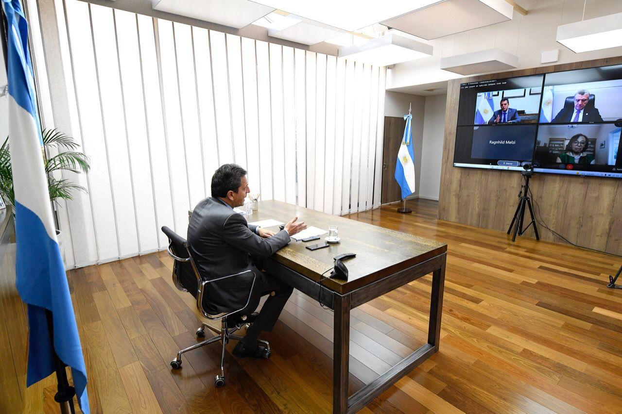 """Massa: """"Debemos encontrar 10 acuerdos básicos para la construcción de la Argentina de los próximos veinte años"""""""