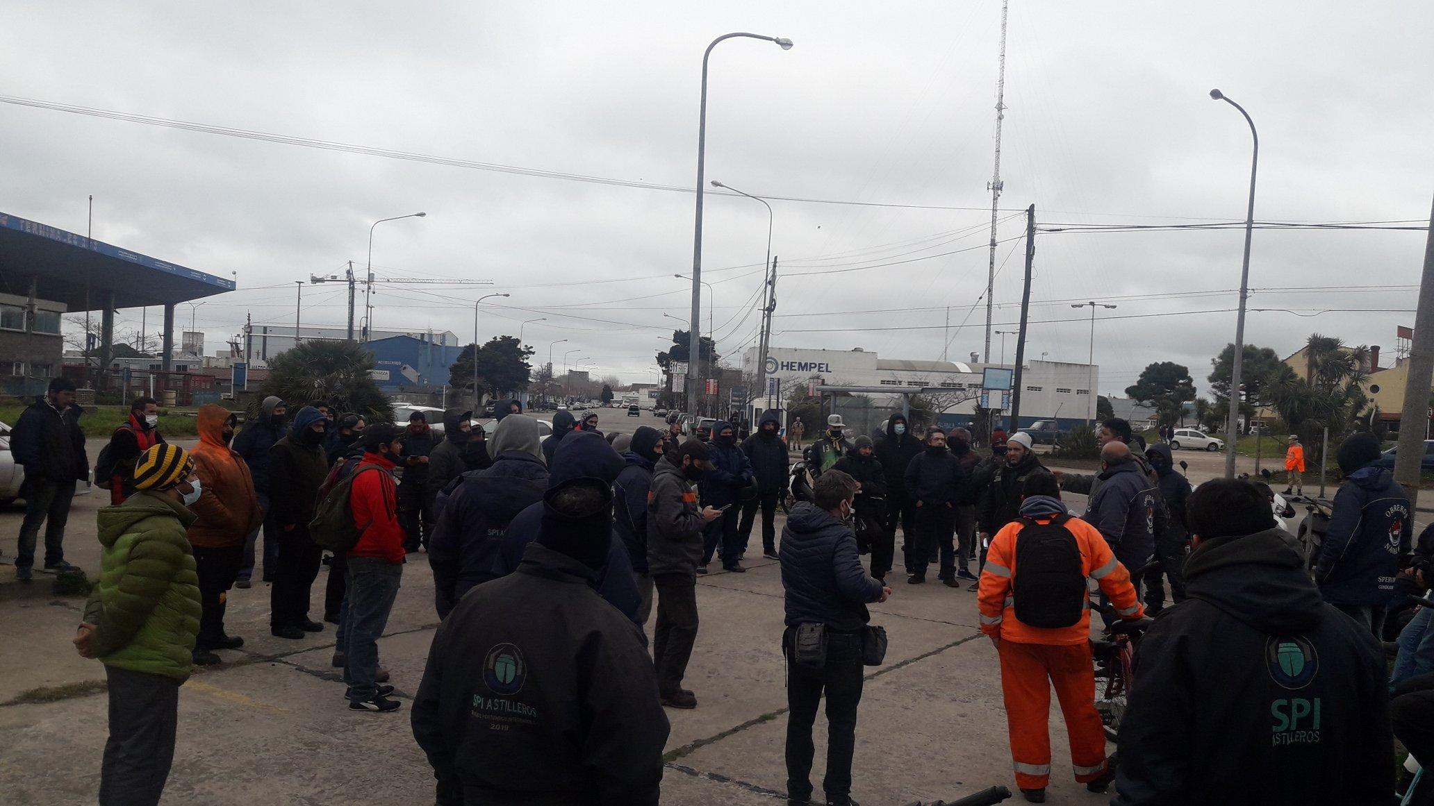 Obreros navales de Mar del Plata profundizan plan de lucha