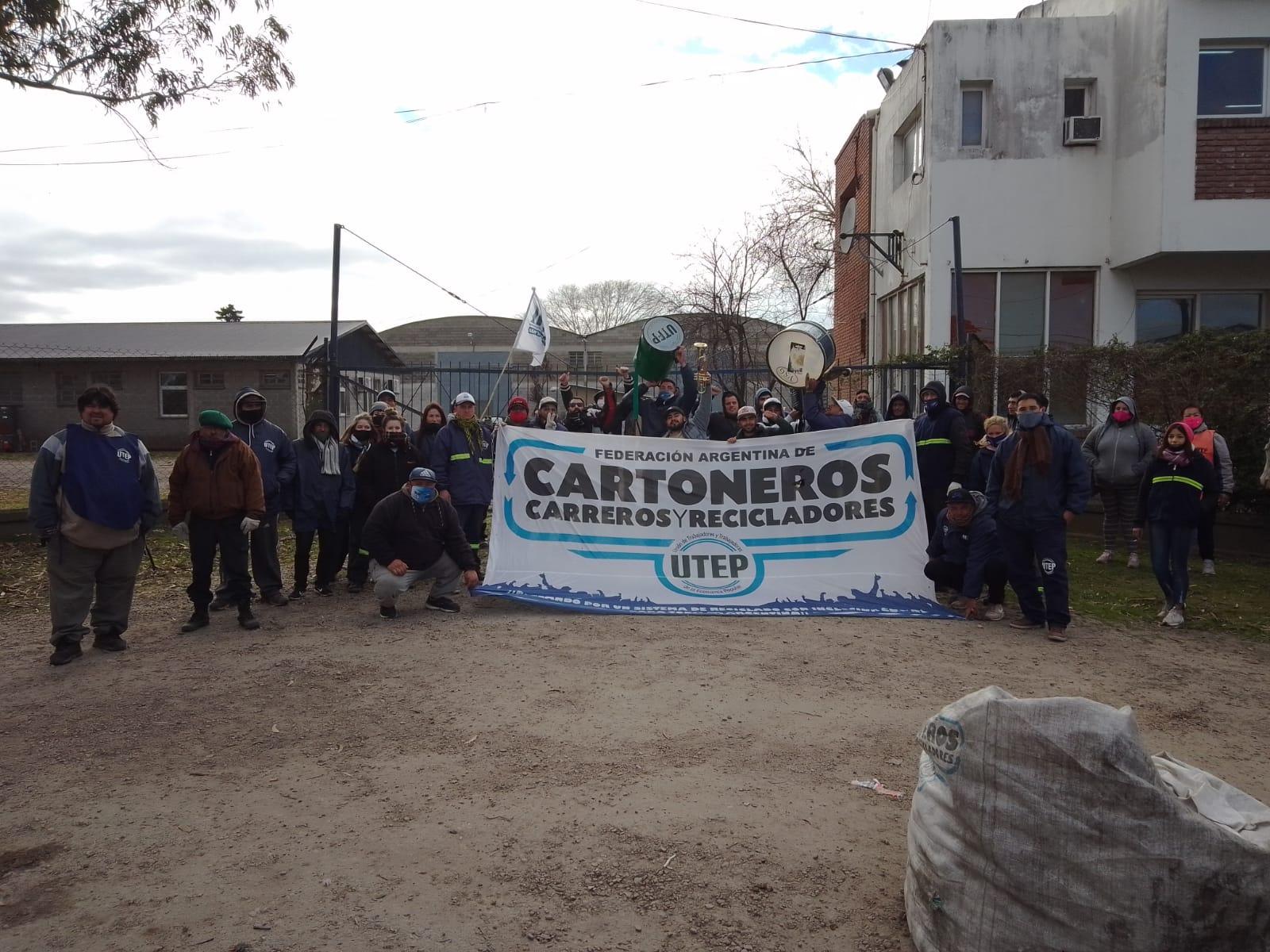 La Municipalidad denunció a los manifestantes por el corte en el acceso al predio del EMSUR
