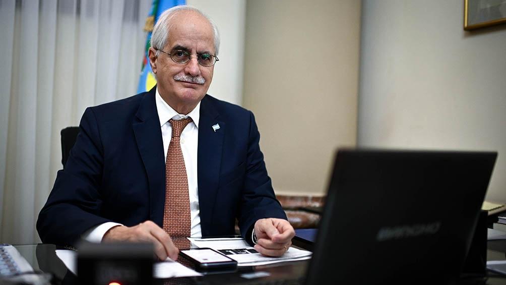 Taiana fue oficializado como nuevo ministro de Defensa y Zabaleta irá a Desarrollo Social