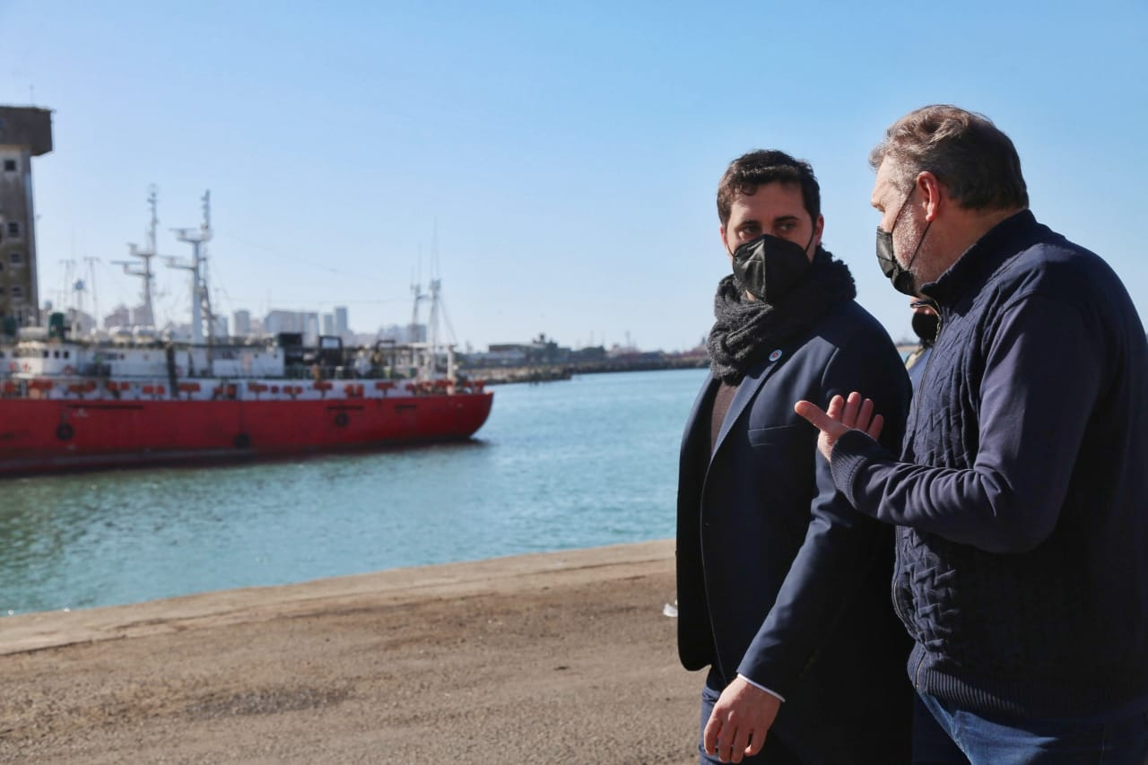 Funcionarios recorrieron obras de inversión estratégicas para el sistema portuario bonaerense