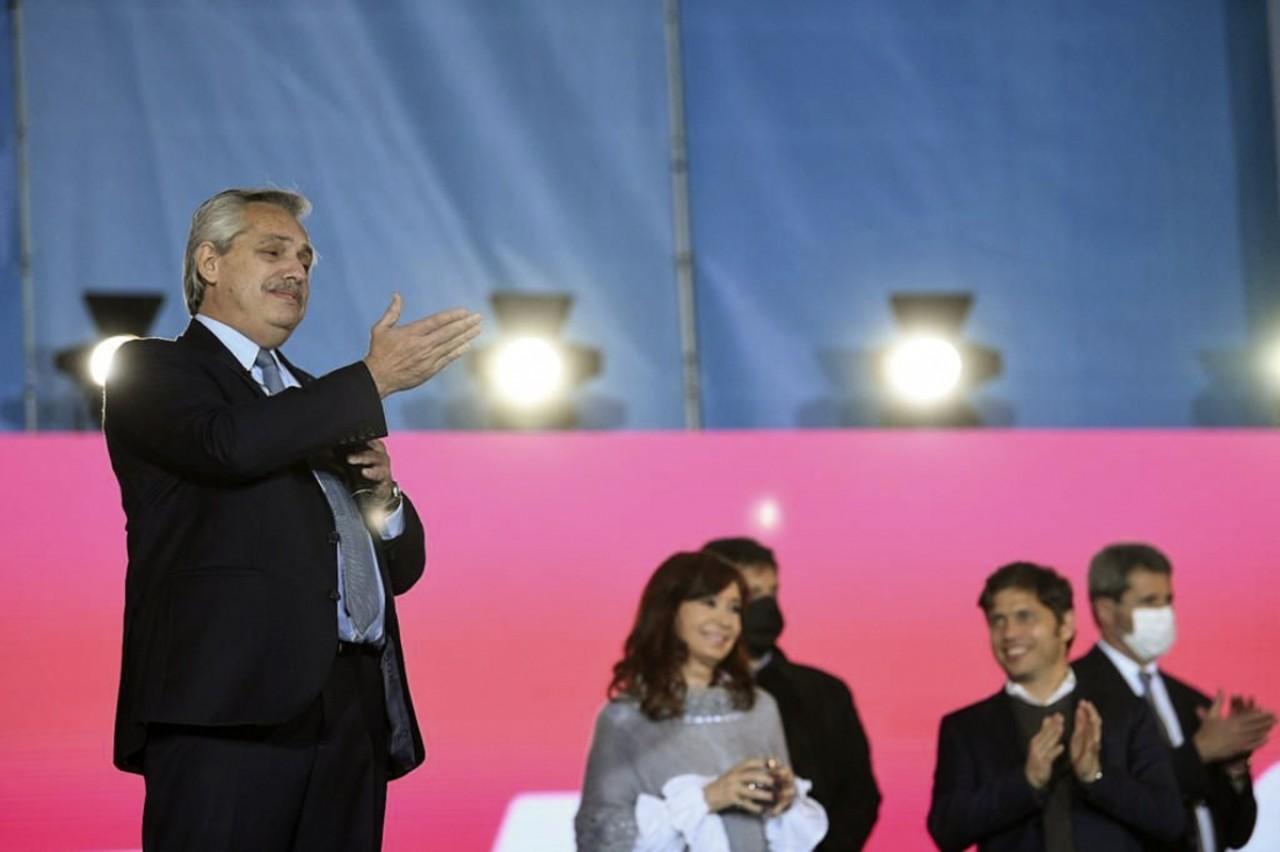 """Alberto Fernández, en el cierre de campaña para las PASO: """"Mi obligación es con el pueblo, el resto me importa un bledo"""""""