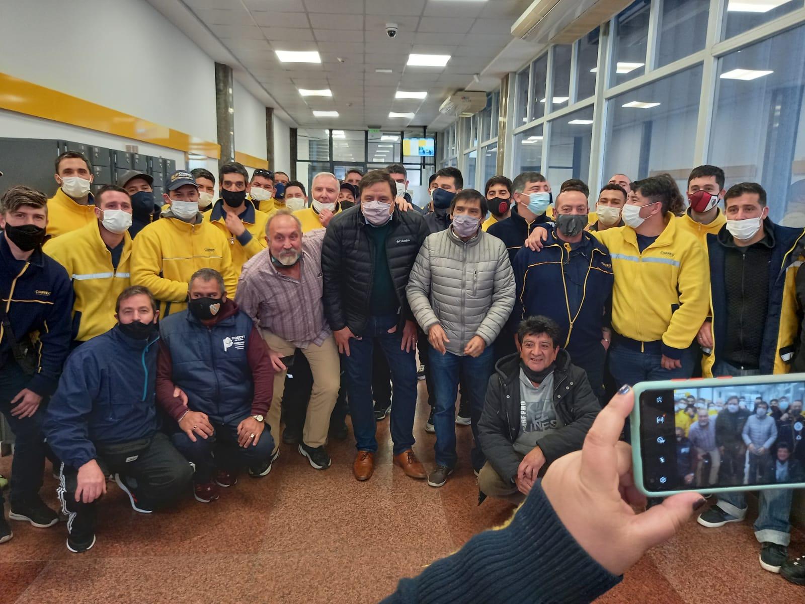 """""""Manino"""" Iriart encabezó en Mar del Plata la celebración por el Día del Cartero"""